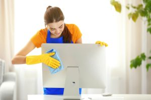 Can I use disinfecting wipes on monitor?