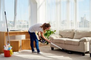 How long does it take to clean a living room