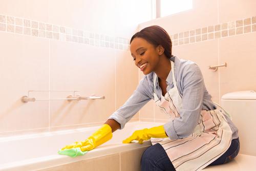 How long do bathroom germs live
