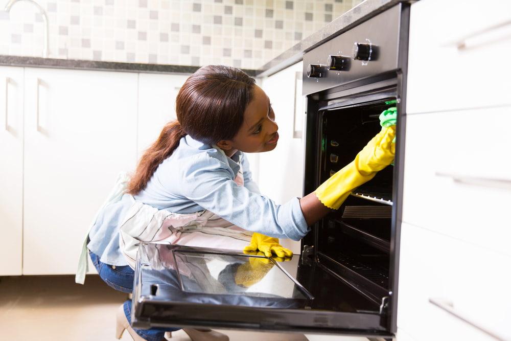 How do I deep clean my washing machine